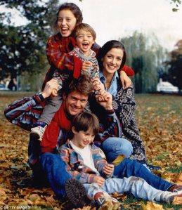 Keluarga (Ber)bahagia happy family 1